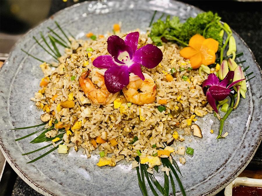 Ẩm thực tiệc cưới tại nhà hàng Phương Nam chuyên về các món ăn Việt Nam