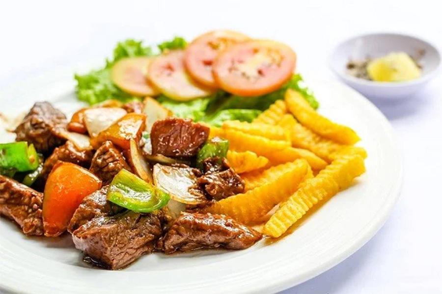 Món ăn thường thấy trong thực đơn miền Bắc - Bò lúc lắc khoai tây