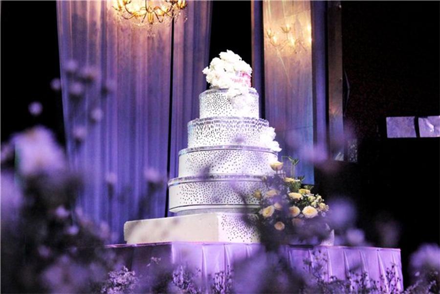 Dạ tiệc cưới lãng mạn tại nhà hàng Hoàng Hải