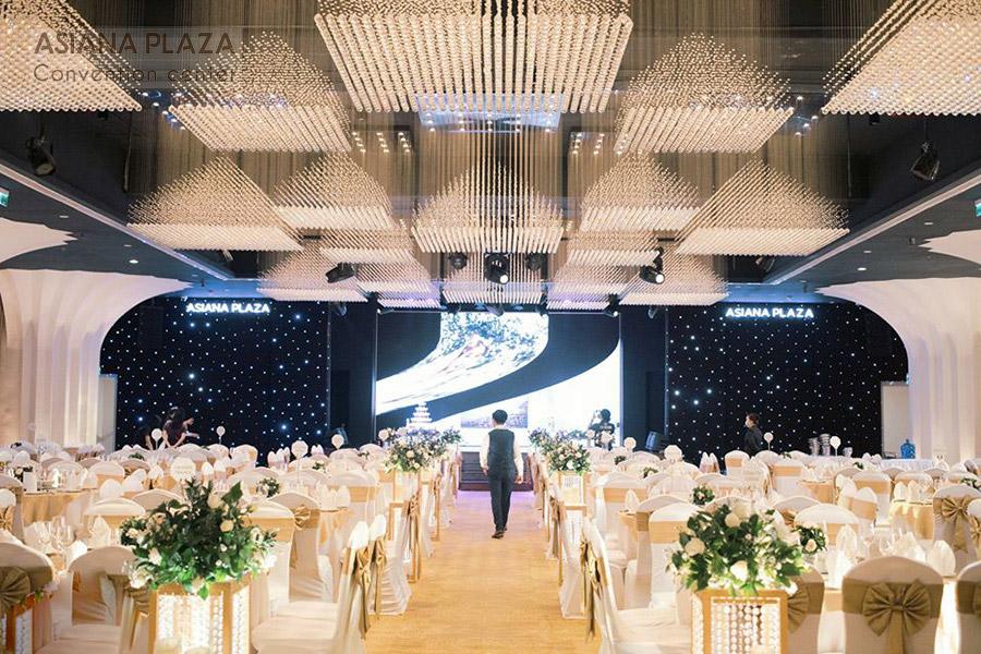 Cách tổ chức tiệc cưới sang trọng