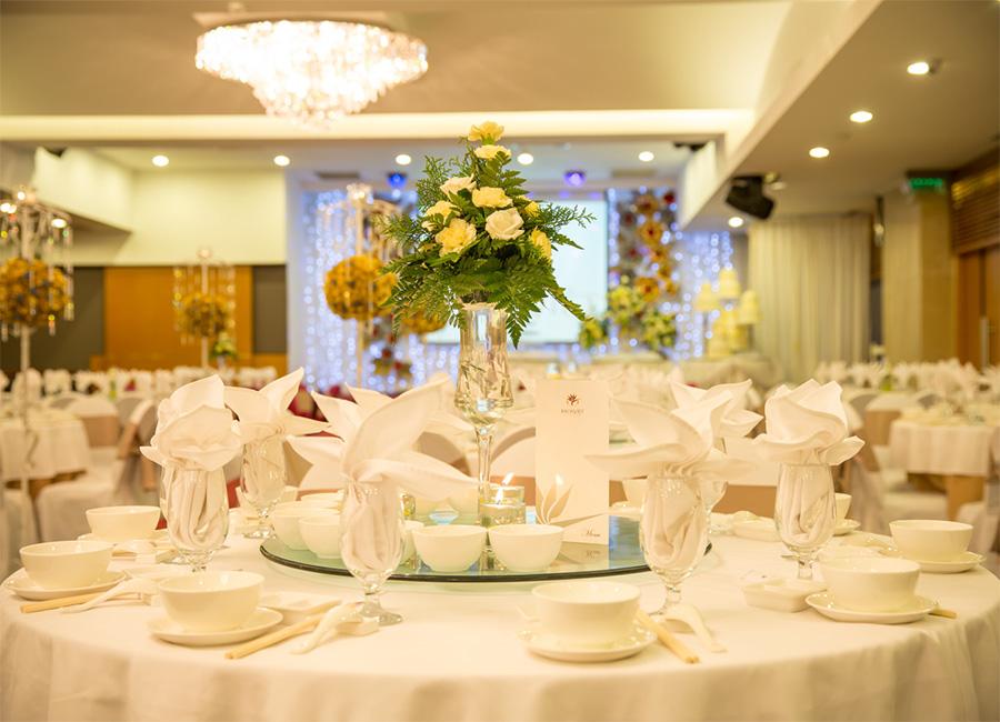 Tổ chức hôn lễ đẹp tại nhà hàng tiệc cưới Bạch Kim TPHCM