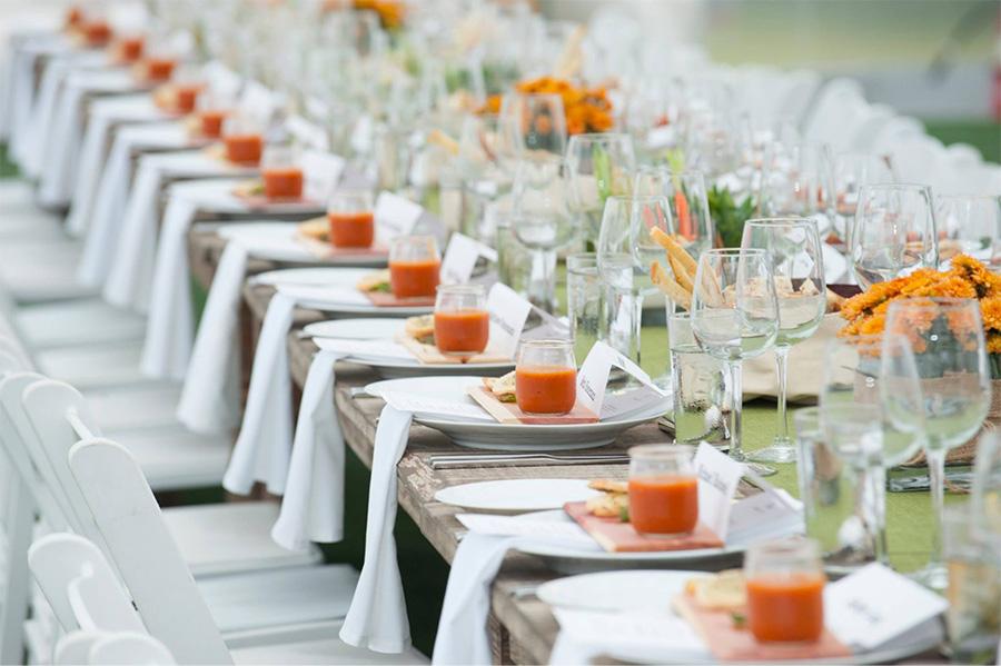 Tổ chức tiệc cưới ngoài trời thoáng mát tại nhà hàng Vườn Cau