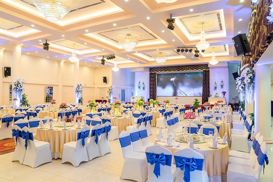 Trung tâm tiệc cưới First Place Hoàng Văn Thụ