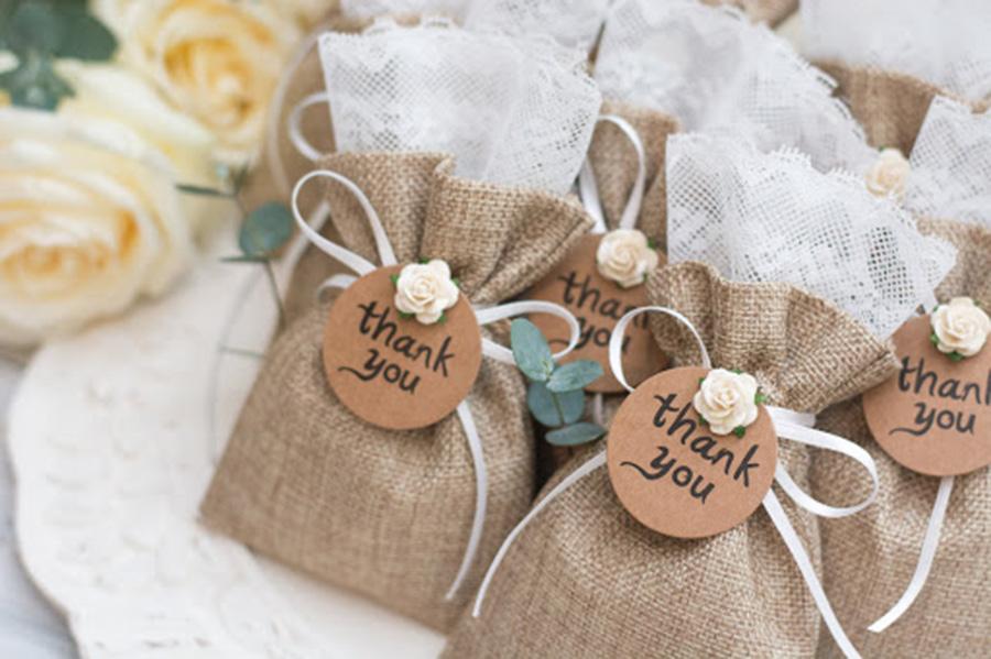 Chuẩn bị món quà thay lời cảm ơn sao cho thật tinh tế và khéo léo