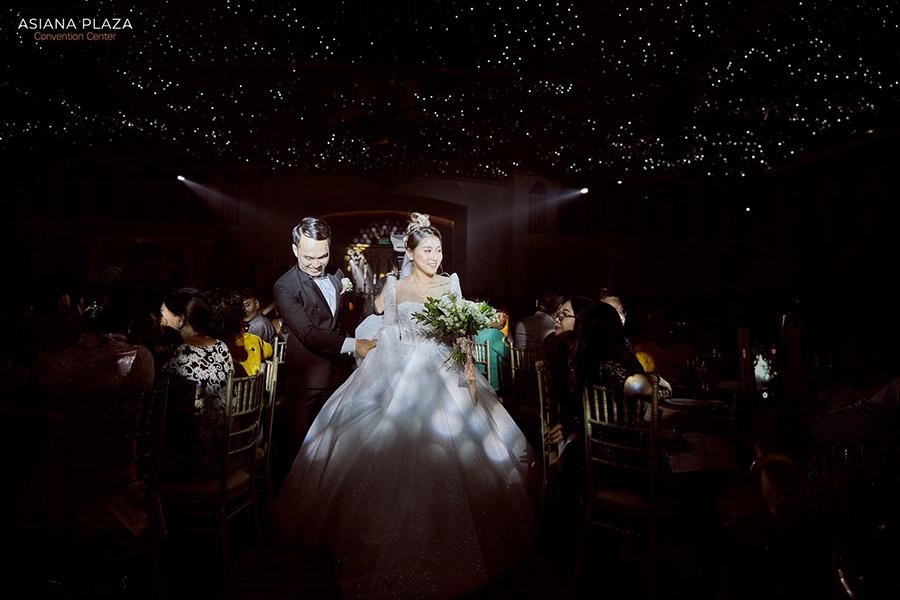 Cô dâu với những trang phục đẹp