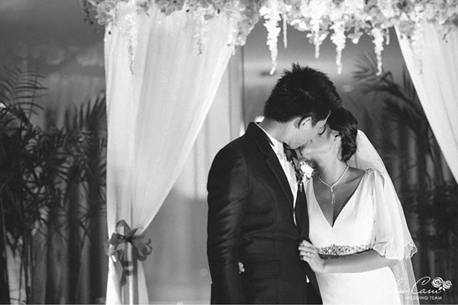 Đội ngũ nhân viên nhiệt tình giúp tạo ra hôn lễ hoàn hảo cho mọi cặp đôi