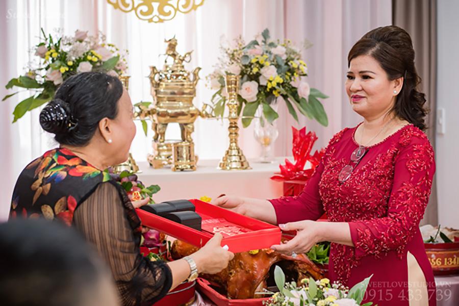Trong lễ nạp tài thường có sính lễ thách cưới và tiền nạp tài / Nguồn ảnh: Internet